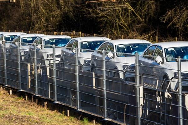 Перевозка авто жд дорогой в ЕКб